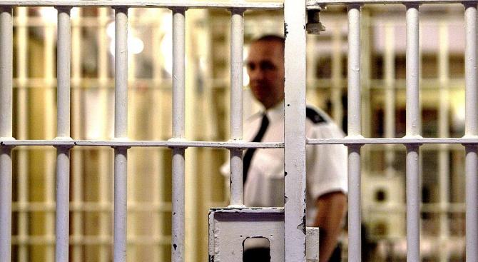 Шефът на затворите в Уругвай подаде оставка заради бягството на крупен италиански мафиот