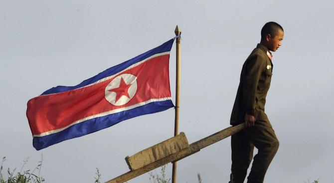 Северна Корея заяви днес, че няма да отстъпи пред санкциите