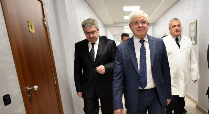 Днес министър Кирил Ананиев ще представи и обсъди прилагането на