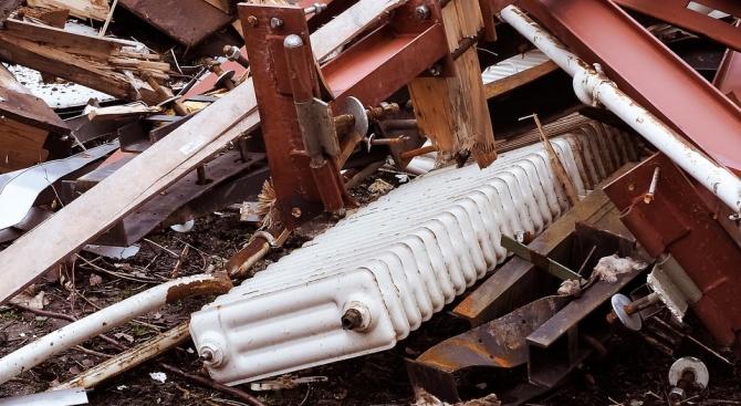 КЗК препоръча свалените и неработещите радиатори в топлофицираните кооперации да