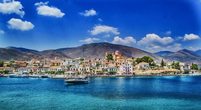 Пътуванията на българи в чужбина през май са 762.1 хил.