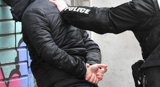 Спецакция във Варна: Закопчаха двама с акцизни стоки без бандерол