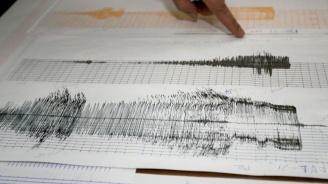 Земетресение с магнитуд 7,5 разлюля отдалечен район на Индонезия
