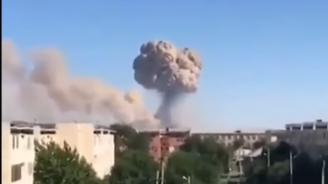 Двама загинаха при пожарите във военни складове в Kaзахстан