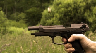 53-годишен софиянец заплаши мъж с пистолет в Девин