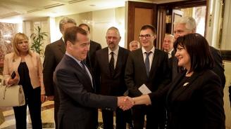 """Караянчева: """"Балкански поток"""" ще гарантира стратегическата роля на България на европейската газова карта"""