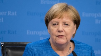Меркелготова на компромисза председателството наЕвропейската комисия