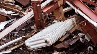 КЗК: Свалени и неработещи радиатори аут от сградната инсталация