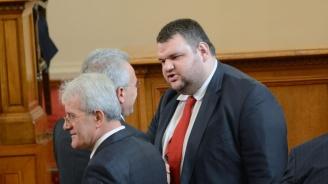 Пеевски: Разговорите с ГЕРБ за партийните субсидии приключиха