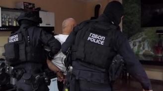 Мащабна спецакция срещу лихварите, проверени са десетки адреса, арестувани са 5-ма