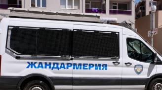 Закопчаха полицаи за продажба на наркотици в София