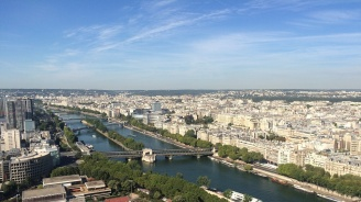 За пръв път във Франция е обявена най-високата, червена степен на предупреждение за опасни горещини