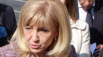 Министър Аврамова: Шофьорите са виновни за 96% от катастрофите у нас през 2018 г.