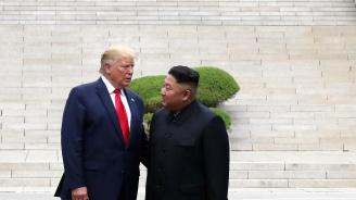 Доналд Тръмп отлетя за САЩ от Корея