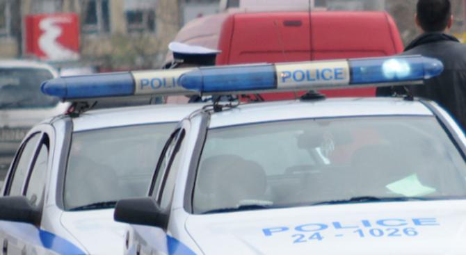 43-годишен мъж e задържан по обвинение в кражба на 58