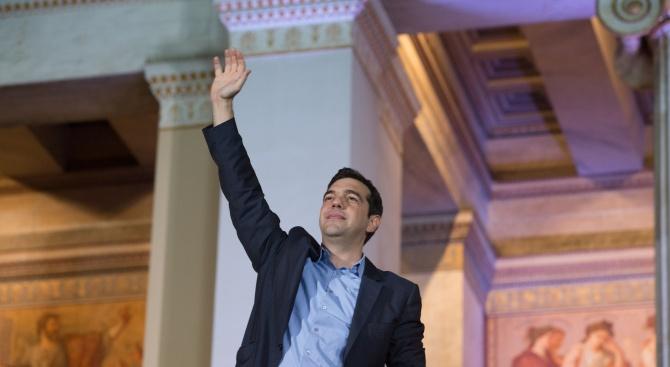Най-голямата опозиционна партия в Гърция е била обвинена в подготовка