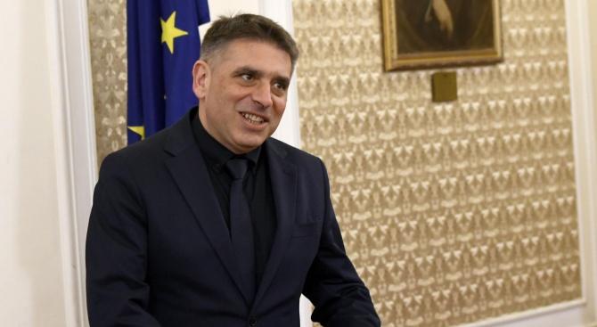 Министър Данаил Кирилов ще присъства на случайно разпределение на дела във ВКС