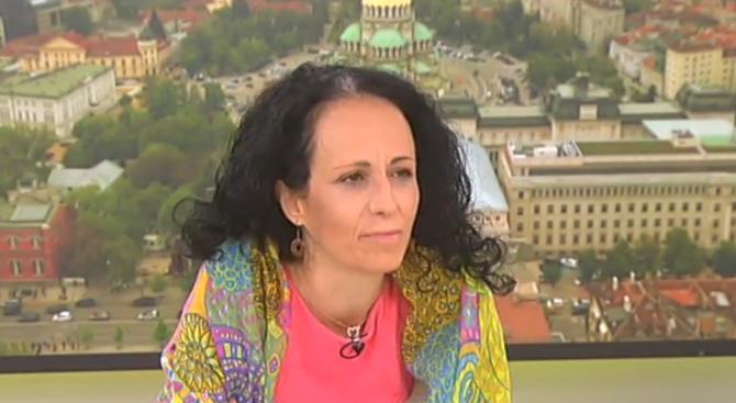 Надя Шабани: Насилието над жени и деца у нас ще продължи, защото системата е неефективна