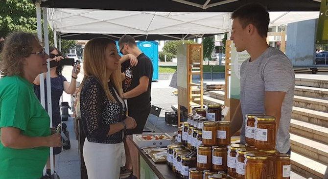 България заема едно от челните места в Европа по брой пчелни кошери