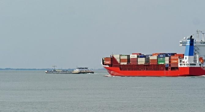 Иран: Задържаният танкер край Гибралтар не е плавал за Сирия