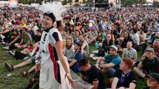 """Най-големият фестивал на открито в света Гластънбъри каза """"Не"""" на пластмасовите бутилки"""