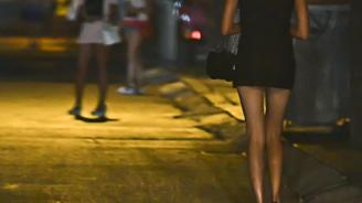 Закопчаха проститутка край Варна
