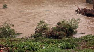 """Започна укрепването на брега на река """"Енчова"""" в Шумен"""