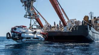 14 руски военни моряци загинаха на борда на дълбоководен апарат