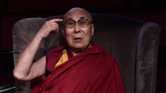 Далай лама се извини за думи, възприети като сексистки