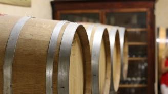 Трима души починаха от отравяне в испанска винарна
