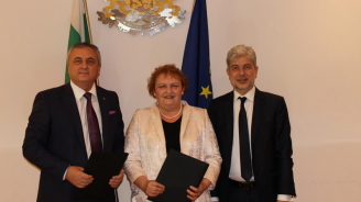 Нено Димов подписа договор за изграждане на водна инфраструктура с ВиК Враца