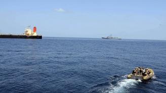 Гибралтар задържа кораб, превозвал петрол за Сирия