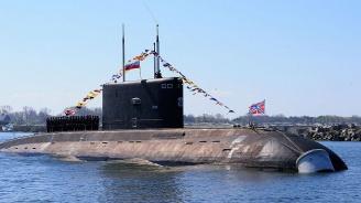 Русия: Атомният реактор на подводницата, запалила се в Северноморск, е затворен херметично