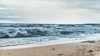 Морето изхвърли труп на мъж край Балчик