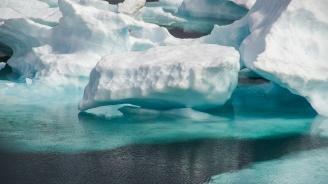 """Учени ще изследват климата, """"уловени"""" в арктически лед"""