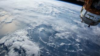 Русия изведе в орбита 32 спътника