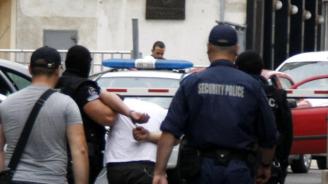 24-годишен удари и захапа полицейски инспектор