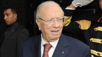Президентът на Тунис е подписал указ за провеждане на парламентарни и президентски избори
