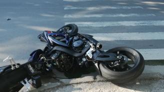 Близки на загиналия преди седмица моторист протестираха в Костинброд