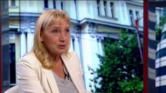 Елена Йончева: След 10 години ще ни е срам да изричаме името на Борисов