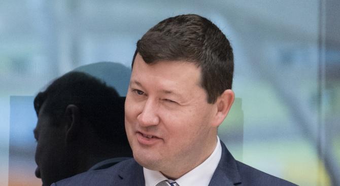 Снимка: Запазват поста на скандалният генерален секретар на ЕК Мартин Зелмайер?