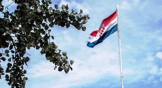 Финансовите министри от еврозоната приветстваха официалната молба на Хърватия за