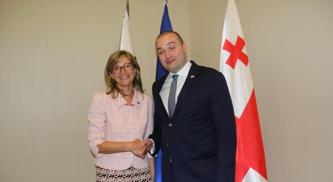 Екатерина Захариева се срещна с президента и премиера на Грузия
