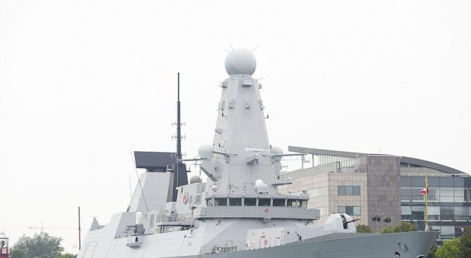 Британските кораби в Персийския залив бяха поставени в състояние на