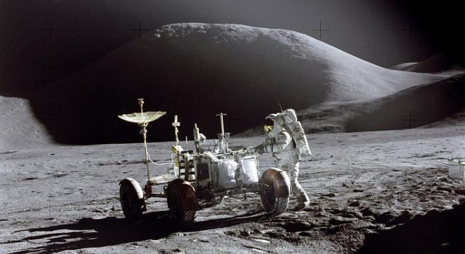 """Стотици """"археологически"""" находки на Луната трябва да се защитят"""