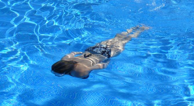 РЗИ-София е открила несъответствия по отношение качеството на водата в 6 басейна