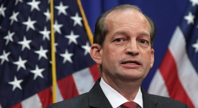 Министърът на труда на САЩ подаде оставка