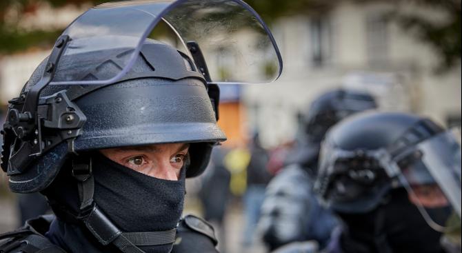 """Двама изтъкнати лидери на протестното движение на """"жълтите жилетки"""" са"""