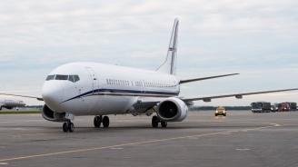 Руски самолет кацна аварийно заради климатик