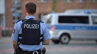 14-годишен нашенец арестуван за изнасилване на млада жена в Германия